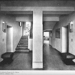 Villa Noailles. Vue du hall. Photographe : Thérèse Bonney.