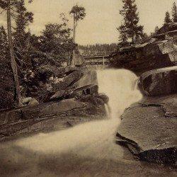 Eadweard J. Muybridge - Valley of the Yosemite, Wild Cat Fall. No. 30, 1872