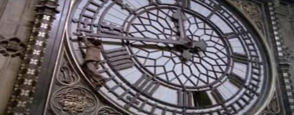 Image extraite de: Les 39 Marches (The 39 Steps) film réalisé par Alfred Hitchcock, sorti en 1935, adapté du roman éponyme de John Buchan.
