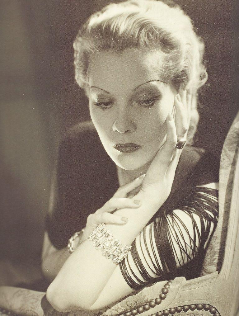 Nathalie Paley, princesse Paley, comtesse von Hohenfelsen (1905-1981)