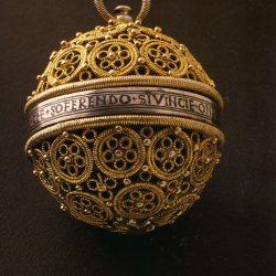 Pomme de senteur (XVI° s.) Musée international de la parfumerie  de Grasse