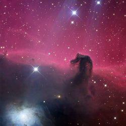Nébuleuse de la Tête de Cheval ou Barnard 33, dans la nébuleuse M42 de la constellation d'Orion.