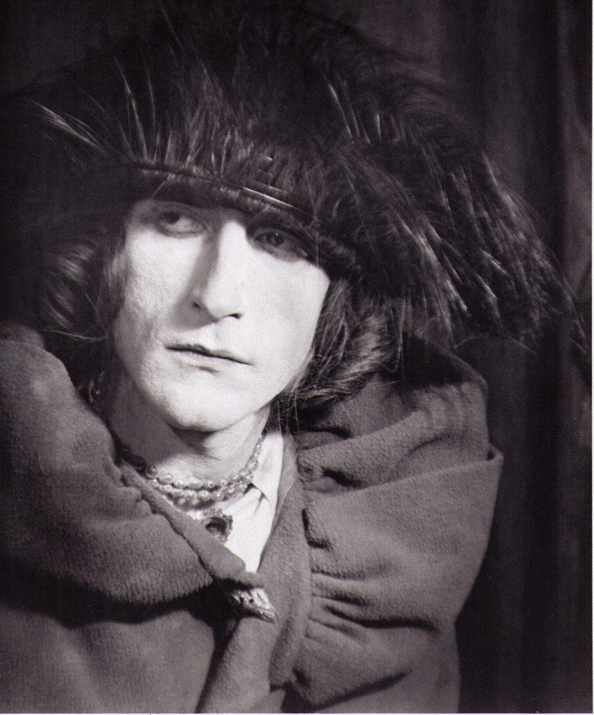 Portrait de Rrose Sélavy en 1921, par Man Ray