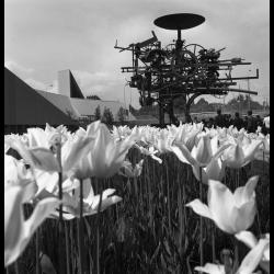 """Jean Tinguely (1925-1991) - Sculpyre """"Eureka"""" exposée à Lausanne, en Suisse, en 1964"""