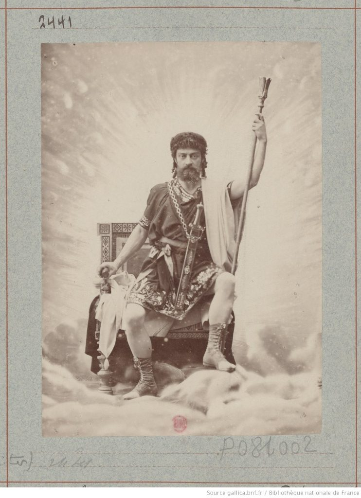 Mounet-Sully Amphitryon - (photographie tirage isuu de l'Atelier Nadar (source Bibliothèque Nationale de France - Gallica)