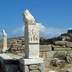 Temple de Dionysos à Delos: le stibadeion
